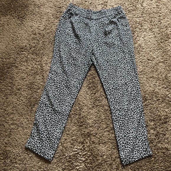 738149e3 Zara Pants | Basic Blackwhite Animal Print | Poshmark
